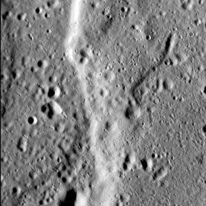 Fig. 2  North-south trending lobate scarp on Mercury.